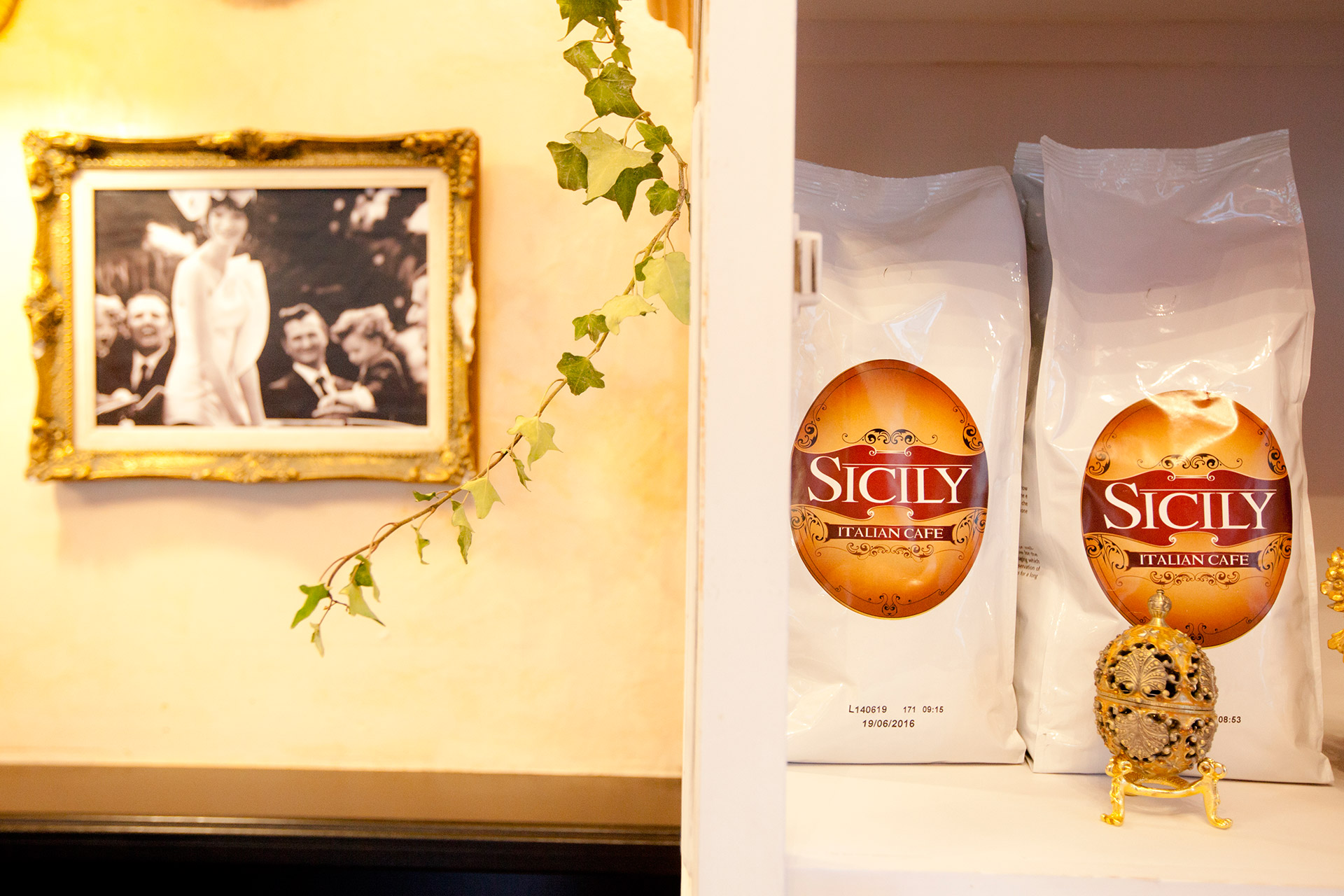 sicily-container-06
